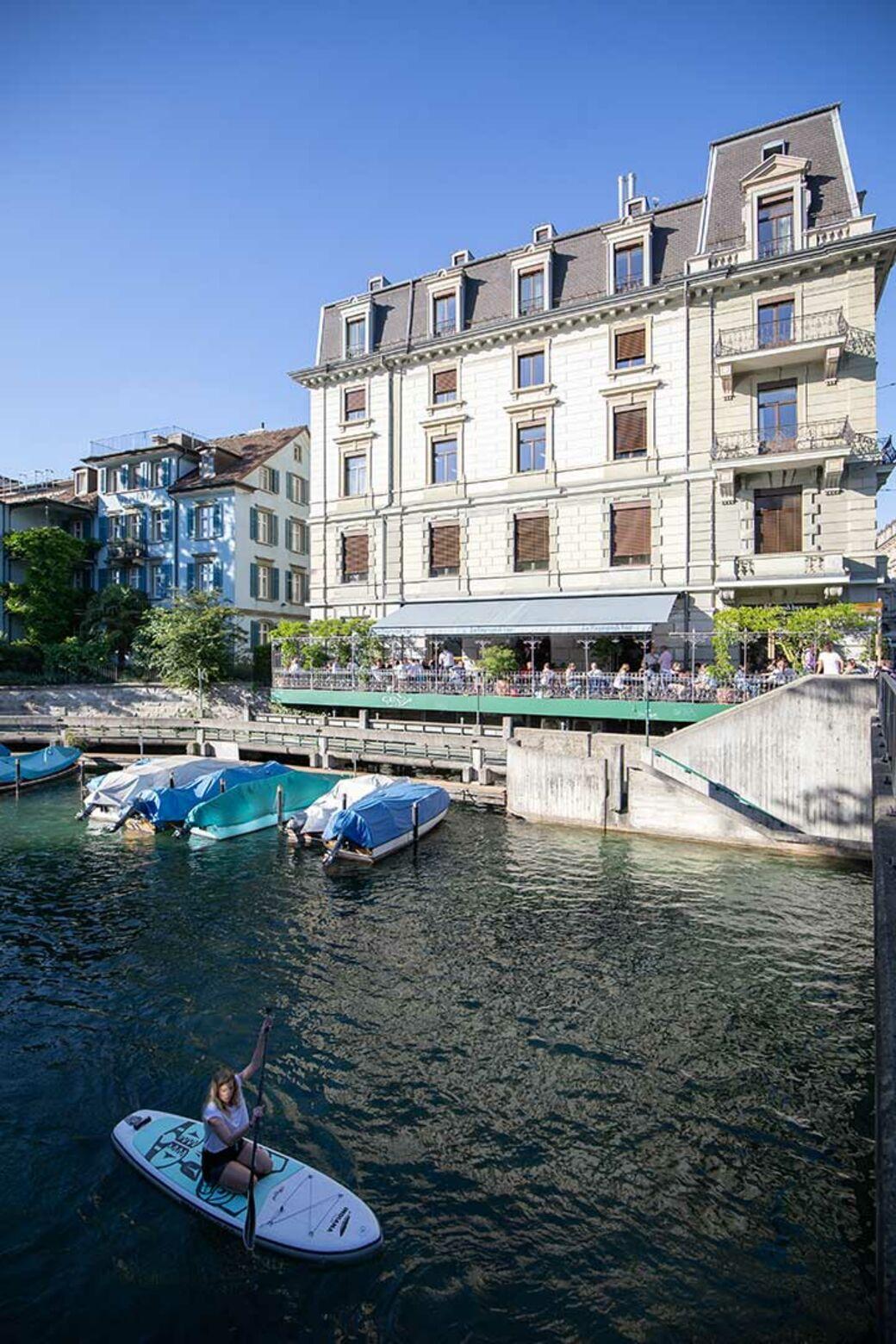 Bar Le French Flair le raymond